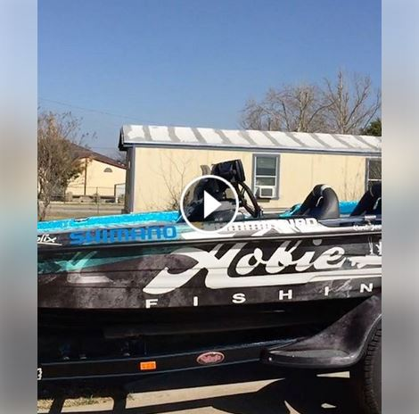 team-hobie-rolling-out-2